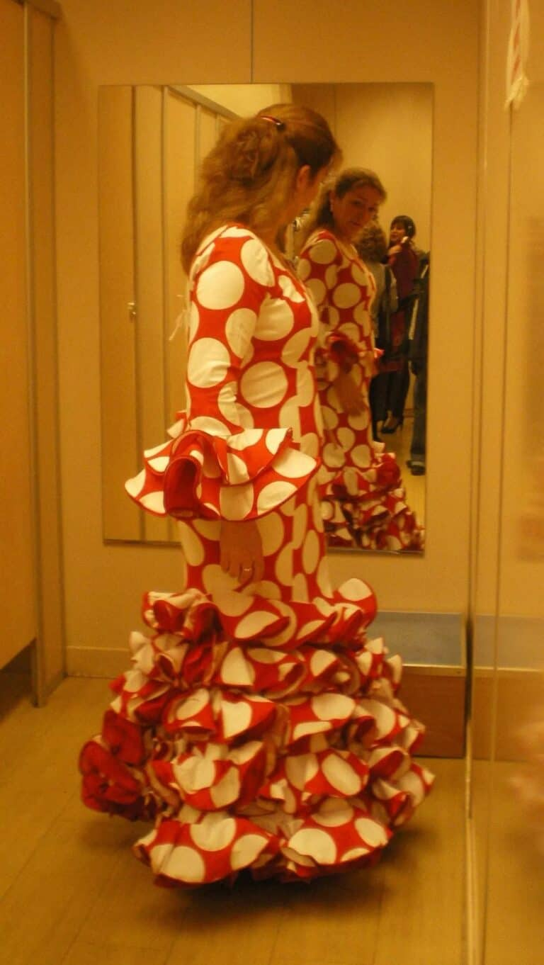 Véronique RIZA - 2010 - Essai de Robe Flamenca à Séville