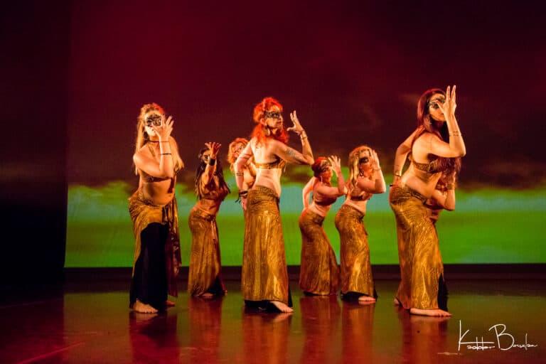 Groupe de danse sur scène