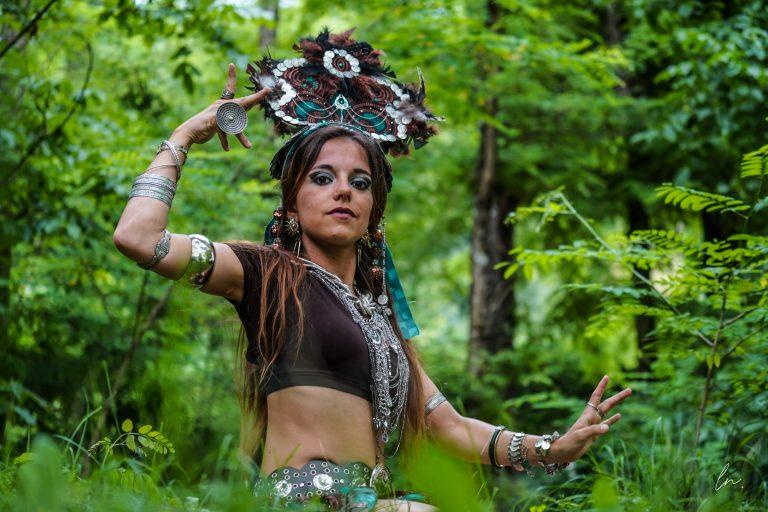 Danseuse en forêt