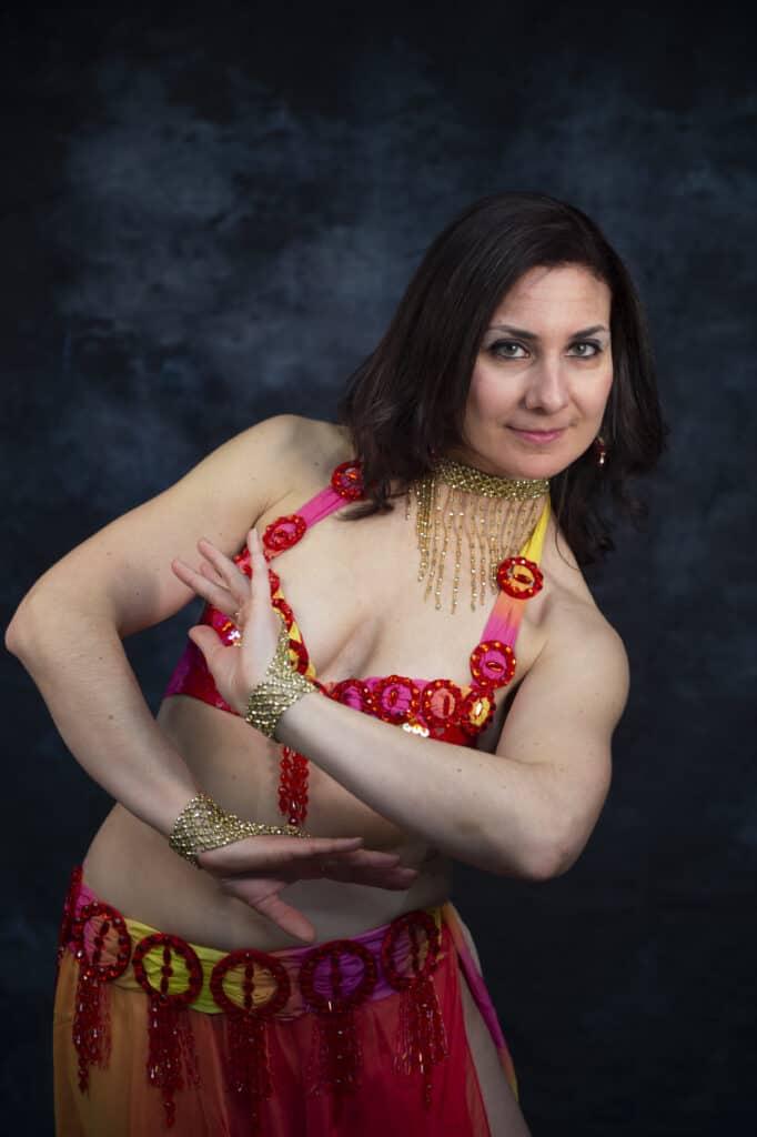 Kalyndra danseuse orientale shooting en studio